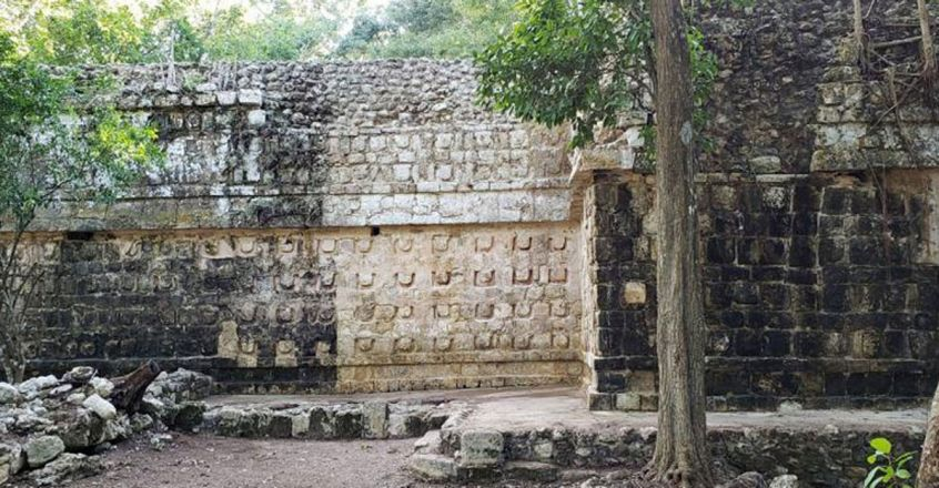 ancient-mayan-palace-discovered-in-mexico