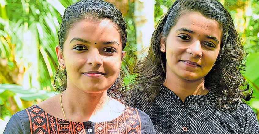 sisters-get-admission-to-ayurveda-and-allopathy-studies-the-same-year