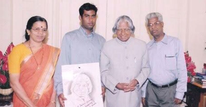 former-isro-director-e-k-kutty-with-apj-abdul-kalam