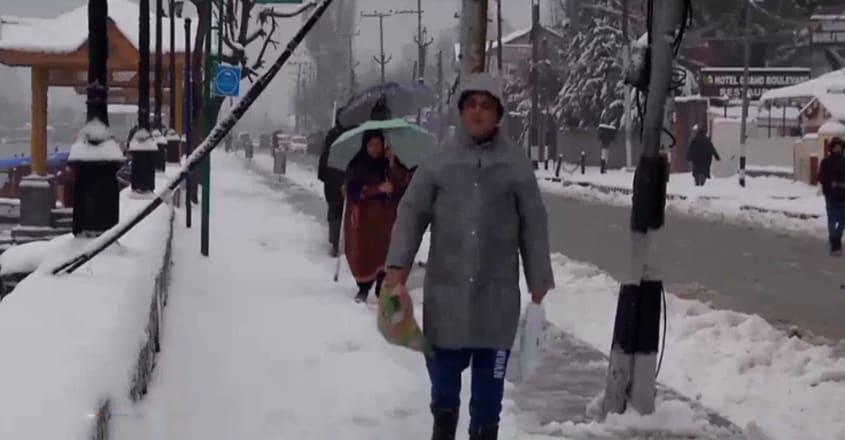 Harshest winter phase 'Chillai-Kalan' begins in Kashmir