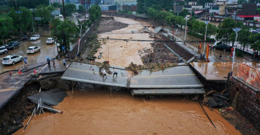 Deadly floods hit central China after torrential rainfall