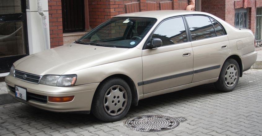 toyota-corona-9th-generation