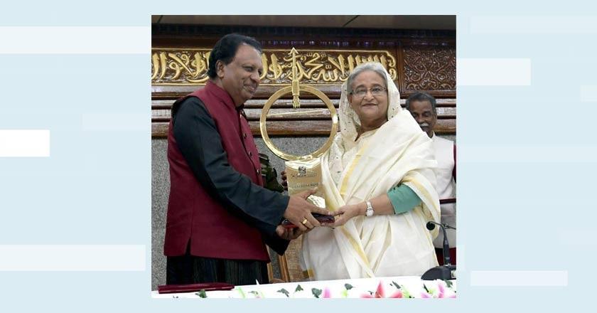 tp-sreenivasan-with-shaik-haseena