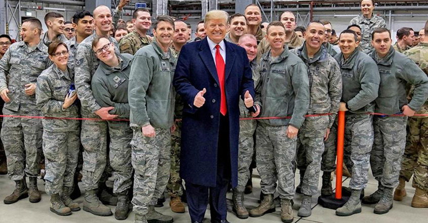 trump-with-army