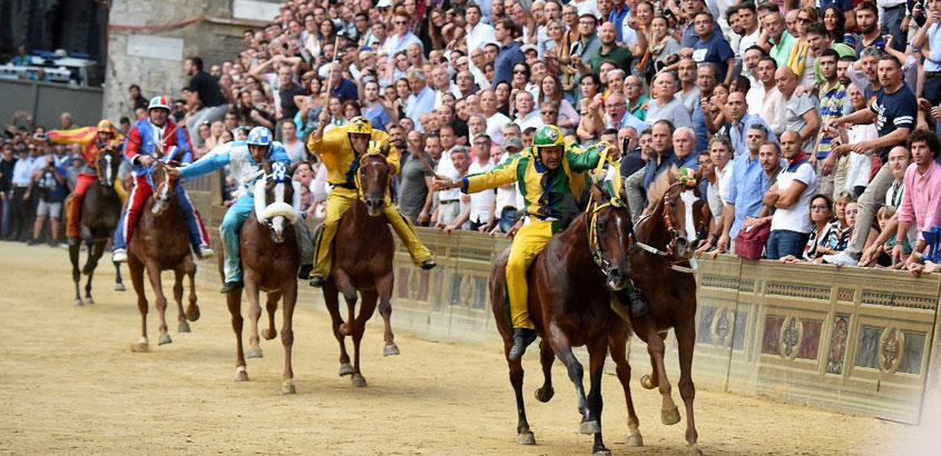 ITALY-TRADITION-HORSERACE-PALIO