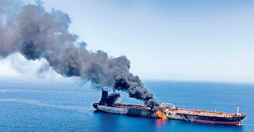 Oman-oil-tankerĒ-gulf