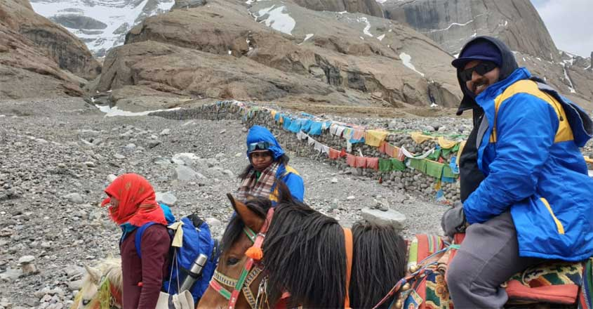 travelogue-to-kailash-by-sohan-roy
