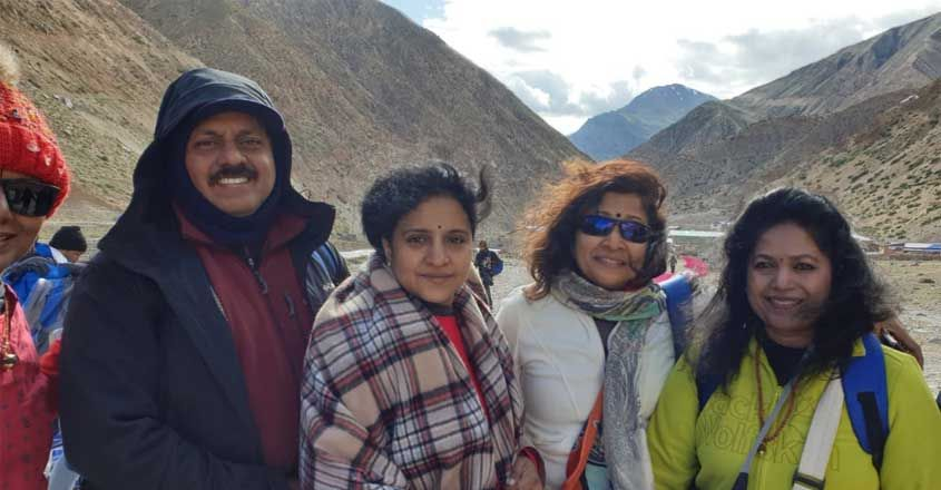 travelogue-to-kailash-by-sohan-roy1