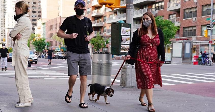 US-DAILY-LIFE-IN-NEW-YORK-CITY-AMID-CORONAVIRUS-OUTBREAK