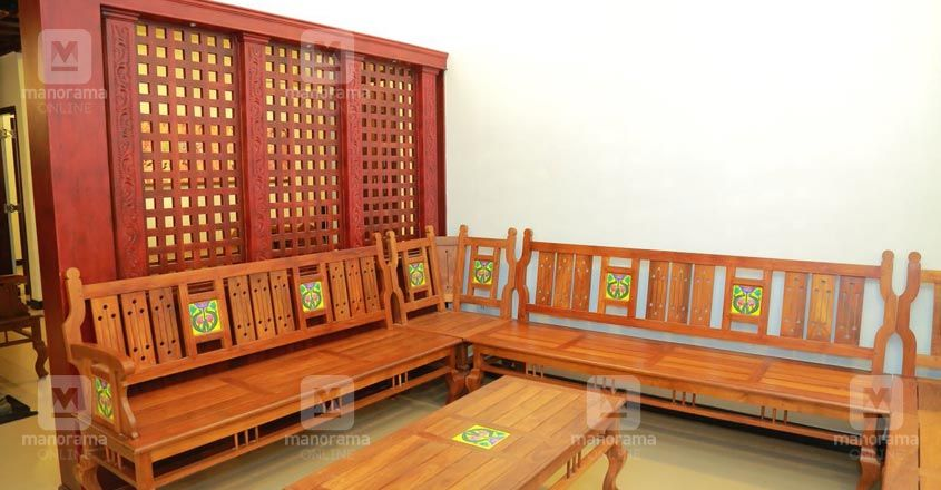 traditional-house-alappuzha-living