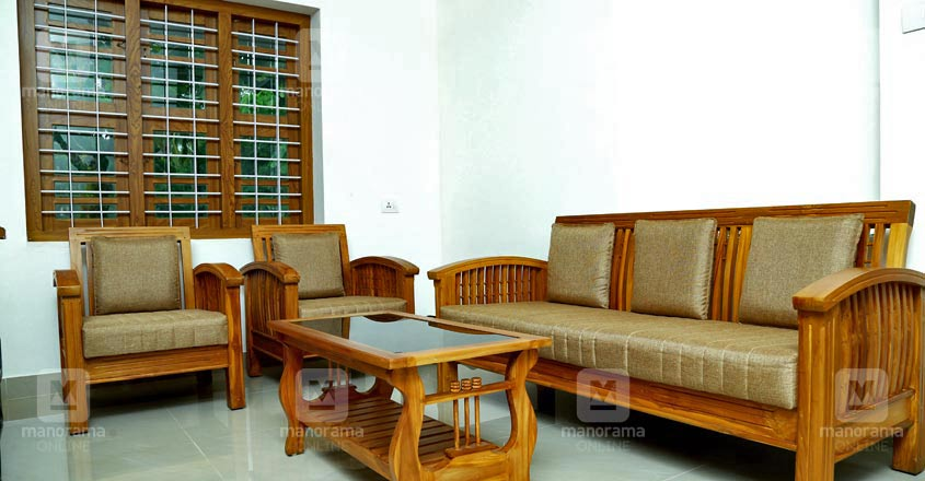 16-lakh-house-thrissur-living