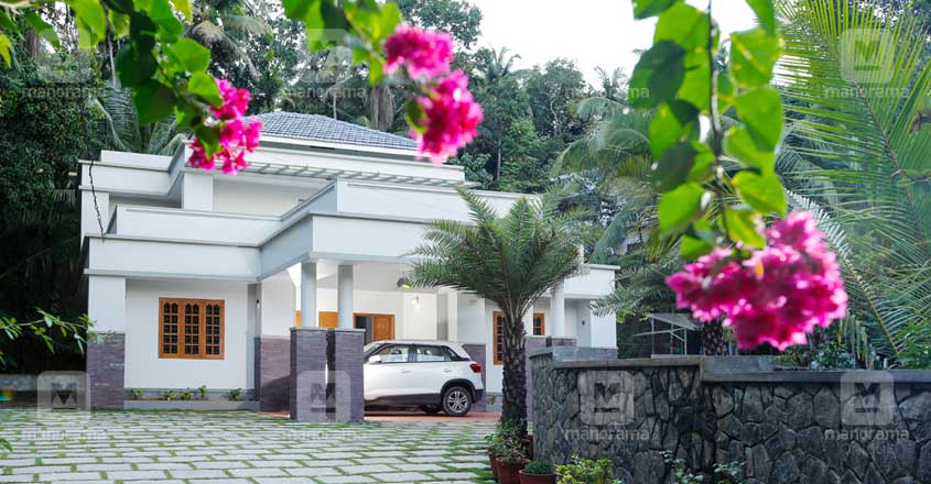 kunnamangalam-house-exterior