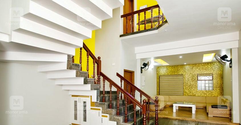 kunnamangalam-house-stair