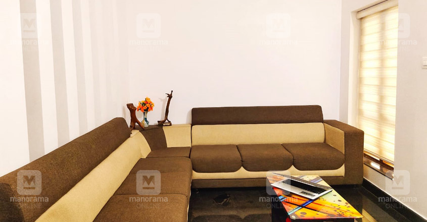 renovated-house-pattambi-living
