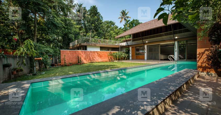 nri-retirement-house-angamaly-pool