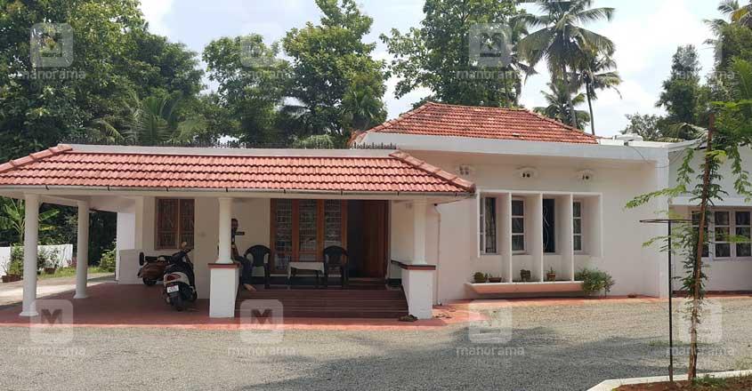 old-residence-kothamangalam