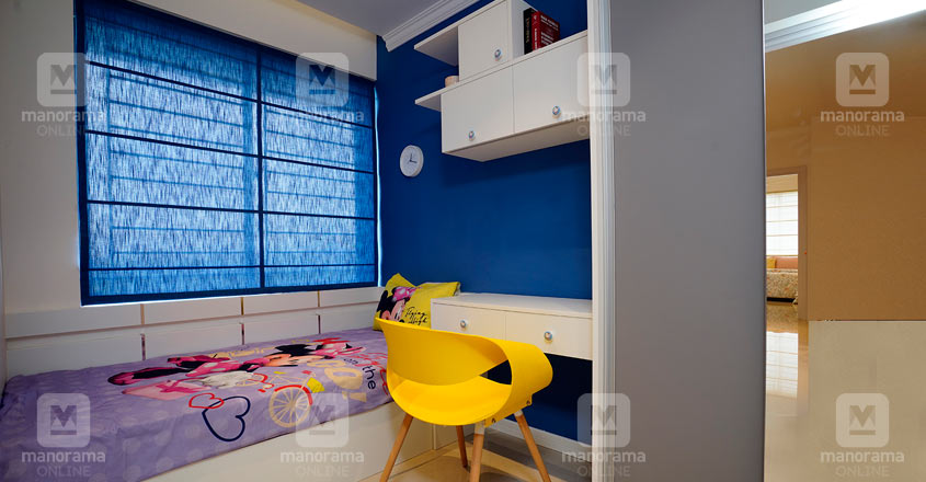 space-efficient-flat-calicut-kid-bed