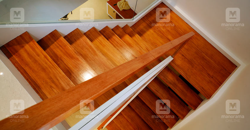 space-efficient-flat-calicut-stair
