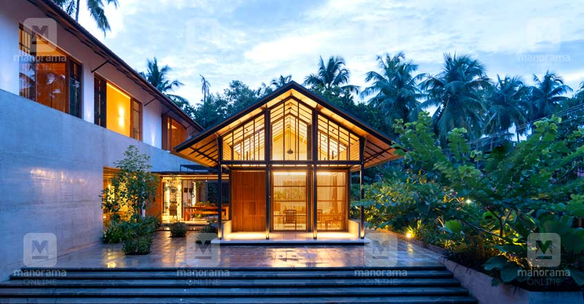 traditional-modern-beauty-exterior