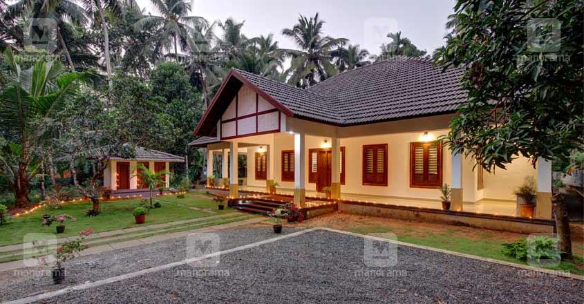 traditional-home-thikkodi-yard