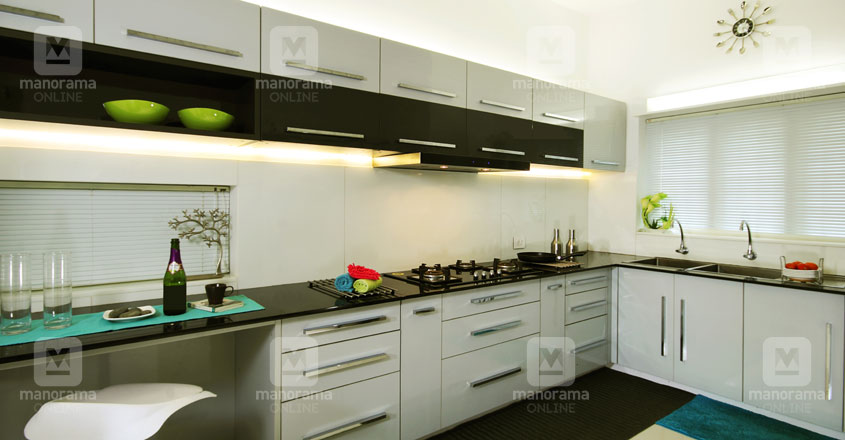 white-house-guruvayur-kitchen