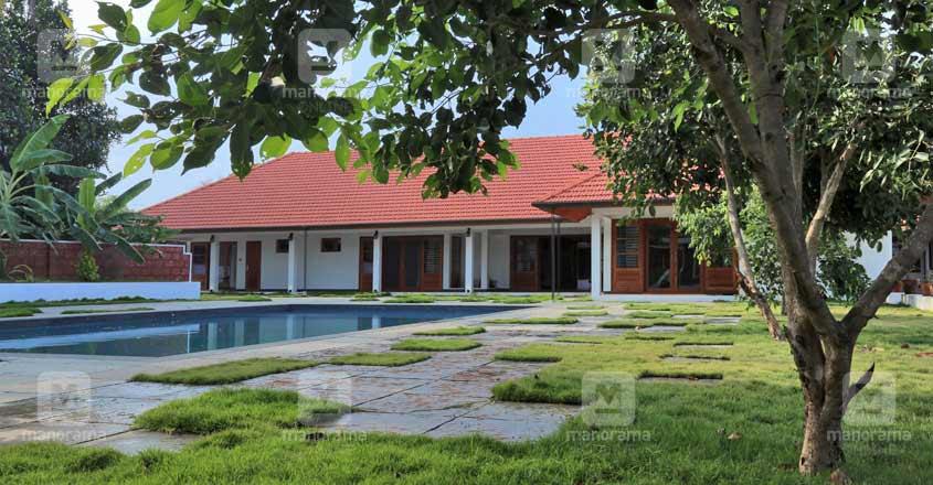 Kanhangad-house-landscape