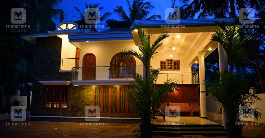 kasargod-house-night-view