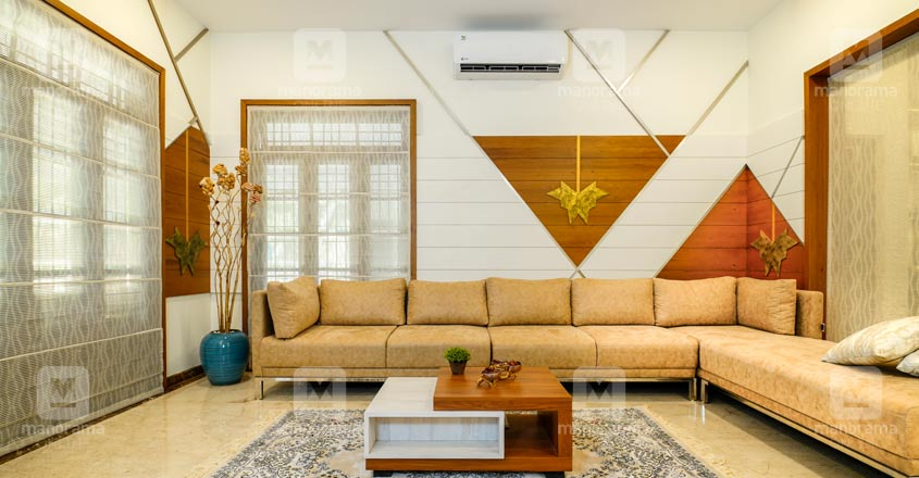 nri-house-malappuram-living