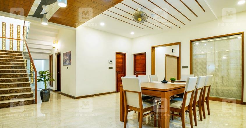 nri-house-malappuram-sitout