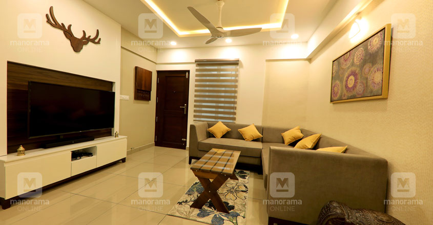 space-efficient-flat-kochi-formal