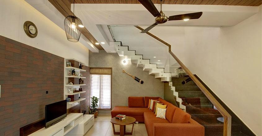 tropical-house-paravur-stair
