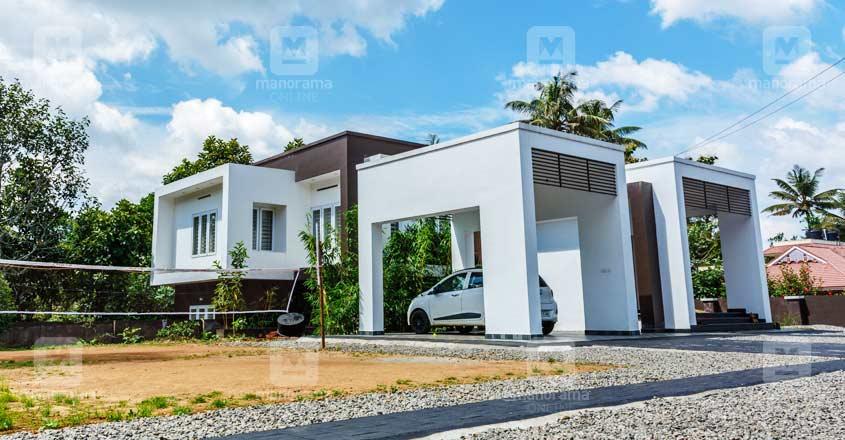 3-storeyed-house-kattapana-lawn