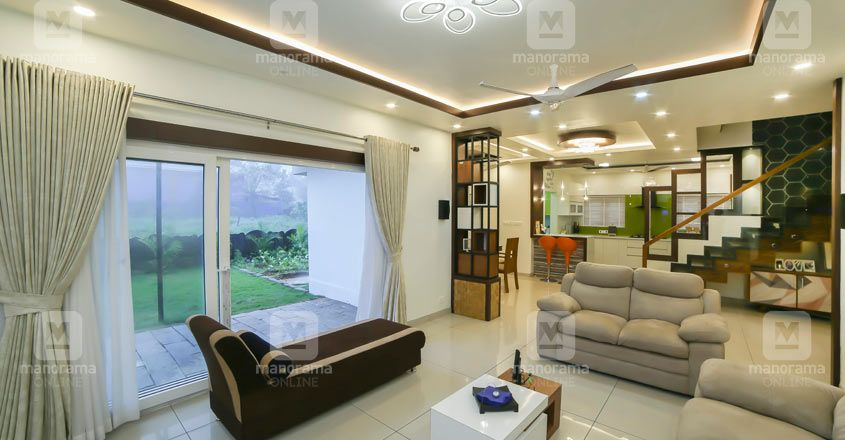 simple-house-thrissur-patio
