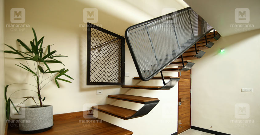 fluid-house-kottayam-stair