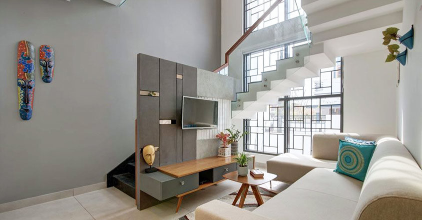 4-cent-home-thevakkal-stair