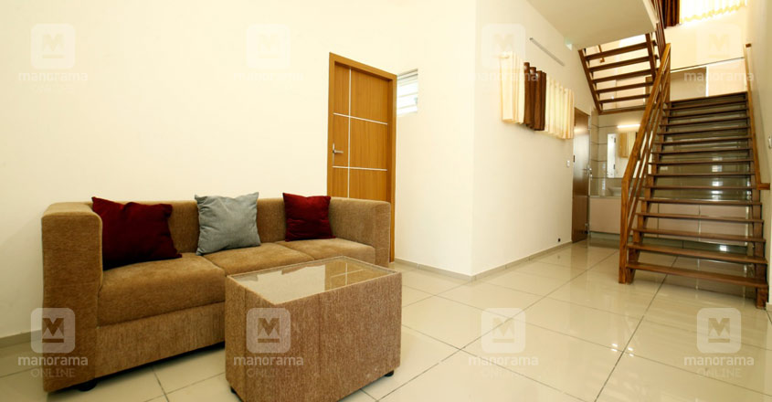 4-cent-thrissur-house-living