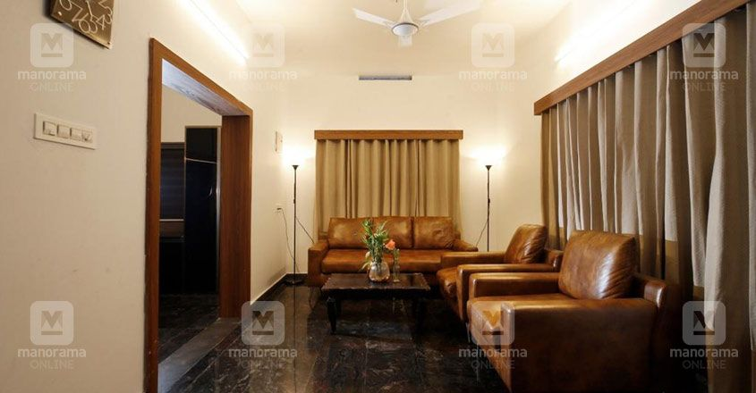 architect-own-house-25-lakhs-living