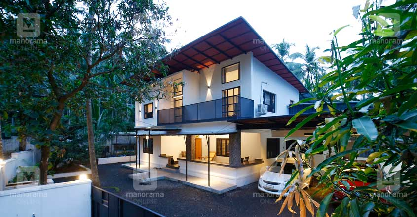 architect-own-house-25-lakhs-yard