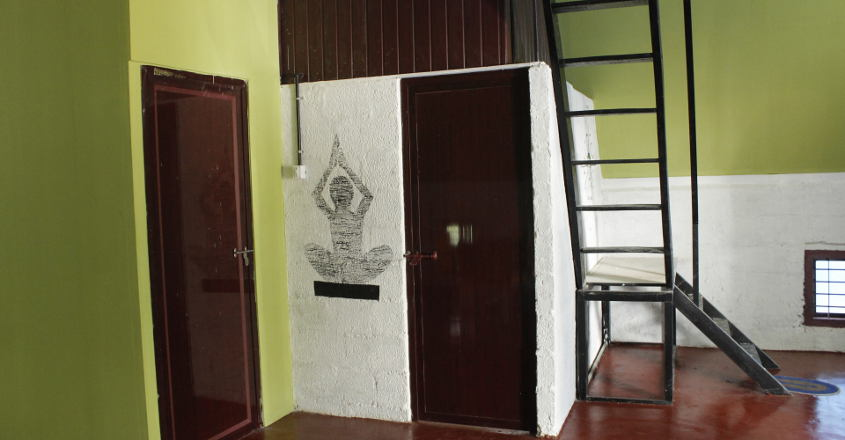 5-lakh-home-stair