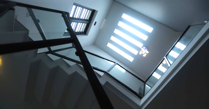35-lakh-home-calicut-stair