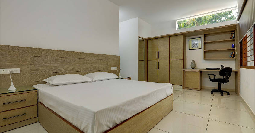 box-house-attingal-bed