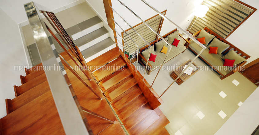 hilly-plot-home-stair