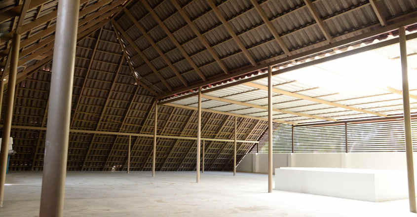 traditional-house-karapuzha-attic