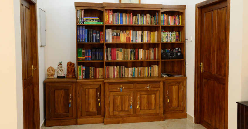 traditional-house-karapuzha-library