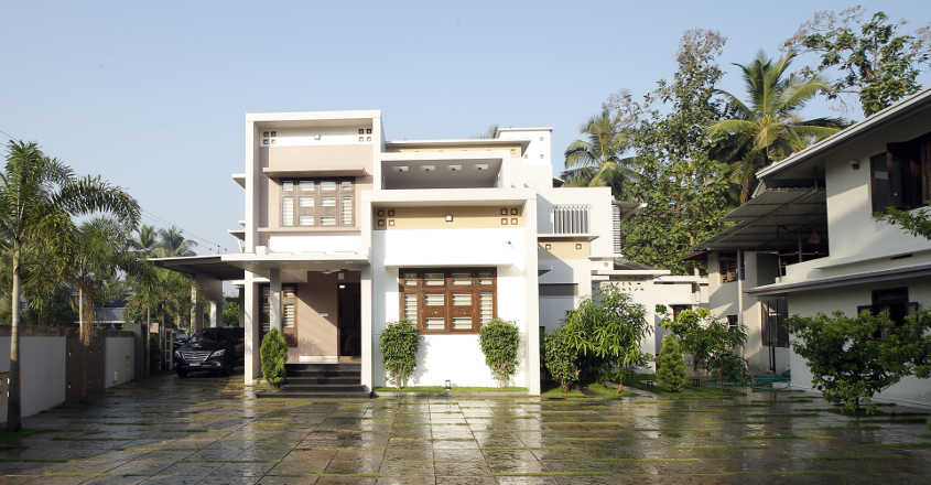 luxury-home-elevation-manjeri