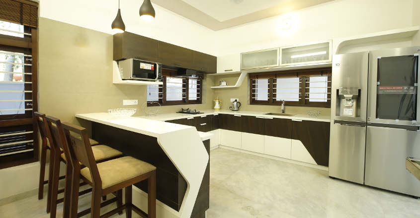 luxury-home-manjeri-kitchen