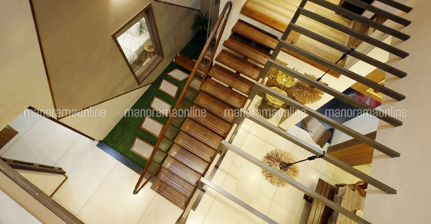 creative-home-calicut-stairview