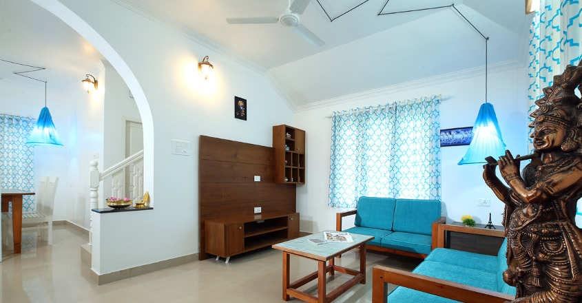 guruvayur-house-living
