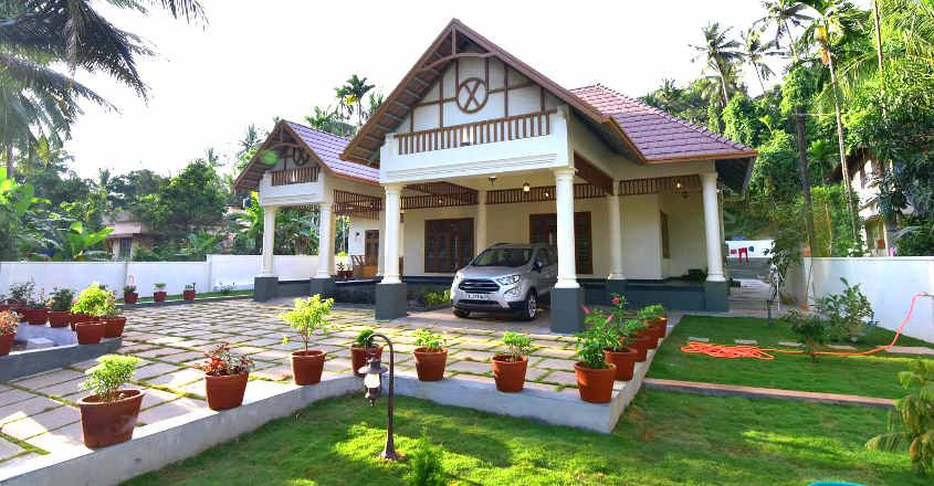 traditional-modern-home-view
