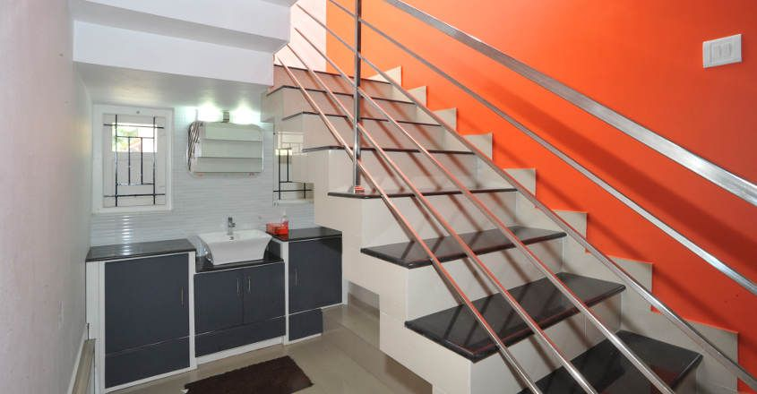 22-lakh-home-calicut-stair